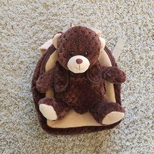 ADORABLE teddy backpack 💕
